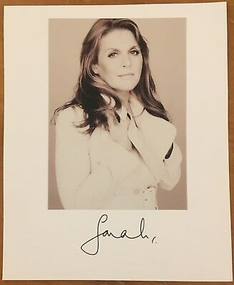 "Sarah ""duchess Of York"", 100% Authentic 8 1/4"" X 10""  Autographed Photo,{Royal}"