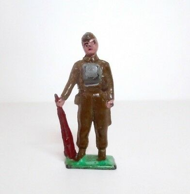 JONES Lead Toy Soldier KING'S ROYAL RIFLE CORPS OF 1941 Britains