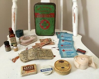 Vintage BSA Boy Scouts Of America Official First Aid Kit Tin Contents Johnson