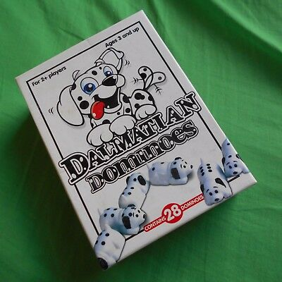 101 DALMATIANS DOMINOES PLASTIC FIGURES DOGS disney SET IN BOX GAME KIDS toy