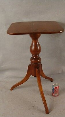 Antique 18C  Carved Federal Cherry Spider Leg Candlestand Table