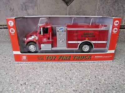 2017 Speedway Toy Fire Truck 1:24 Scale  Button activated Lights and Sounds new