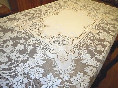 Vintage  Lace Tablecloth Cutwork Embroidery