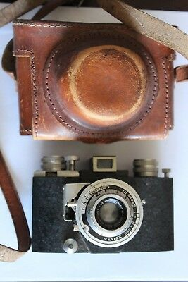 RARE REYNA III CROSS UNUSUAL COMPACT CAMERA CROSS  LENS Vintage W/ Case