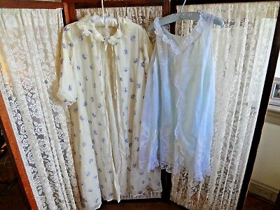 "Vintage odette barsa lingerie lot robe and night gown as is non matching 40 "" B"