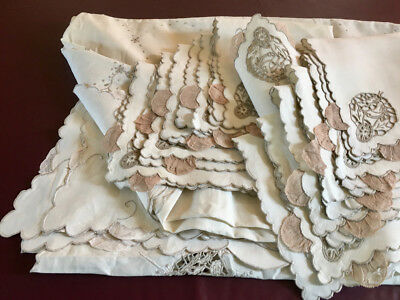 Madeira Figural Lace Tablecloth & Napkin SET Preowned Heirloom Linen & Lace Lot