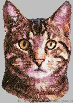 Embroidered Ladies Short-Sleeved T-Shirt - Grey Tabby Cat DLE2644