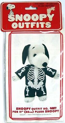 "Vintage 1982 Peanuts SNOOPY SKELETON OUTFIT #4557 for 11"" PLUSH - MIP  Halloween"