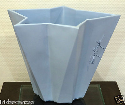 beau Vase Thierry MUGLER 20x26x19cms  angel men A*Men Stand-up plv collection