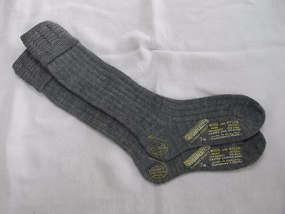 VINTAGE 1940's WW2 ERA GREY YOUNG SCHOOL EVACUEE SOCKS - SIZE 7""