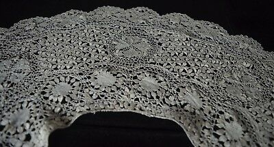 Beautiful Antique Silky Lace Collar Tt561