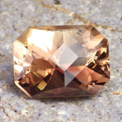 WALNUT-PEACH OREGON SUNSTONE 5.05Ct FLAWLESS-PRECISION FACETING-VIDEO