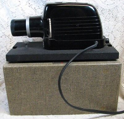 Vintage 1940's Kodak Kodaslide Model 1A Slide Projector & Carriers in Hard Case