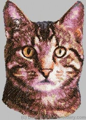 Embroidered Short-Sleeved T-Shirt - Tabby Cat DLE2644 Sizes S - XXL