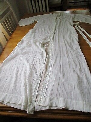 VINTAGE  Chevette Robe  EMBROIDERY/SHEER W/TIE STRING