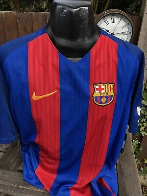 Barcelona 2016/2017 Home Football Shirt Size XL Nike Spain Barca Retro Brand New