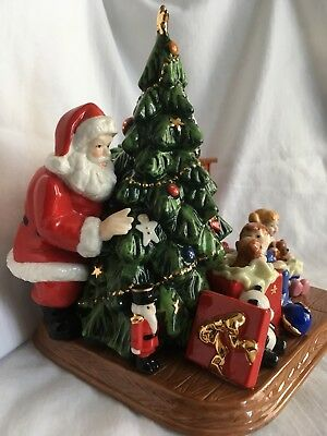 Christmas Morning by Royal Doulton, Holiday Traditions Collection #314 of 3500
