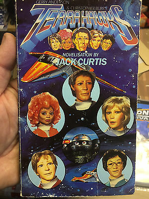 Terrahawks Paperback Book Gerry Anderson Jack Curtis 1984