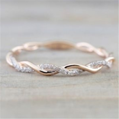 Charming Unisex 18K Rose Gold Plated White Sapphire Crystal Wedding Jewelry Ring