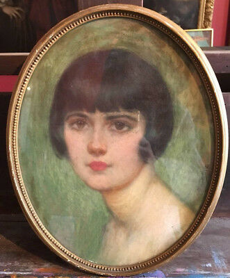 FINE FRENCH 1920's OVAL PORTRAIT FASHIONABLE YOUNG LADY - SIGNED PASTEL WORK