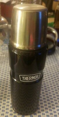 Thermos Stainless King 16 Ounce Compact Bottle, Midnight Black used Clean