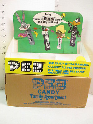 PEZ 1980 Warner Brothers store display candy box Bugs Bunny Daffy Duck Sylvester