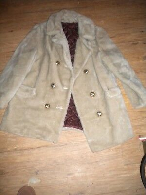 Ladies tan faux fur  sz M-L ? Coat Montgomery Ward  vintage ?