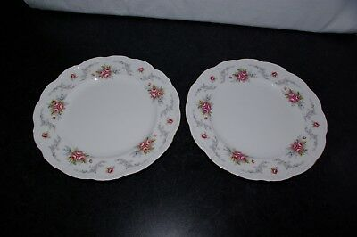 2 Vintage Royal Albert Bone China Tranquility Dinner Plates 10.5""