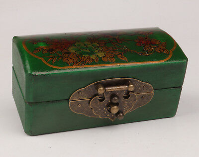Green Leather Flower Birds Adorn Jewelry Box Collectable