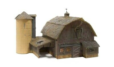 Woodland Scenics [WOO] N Scale Built Up Old Weathered Barn BR4932 WOOBR4932
