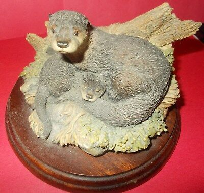 Hand Made By Borders Of Scotland - Otter & Baby