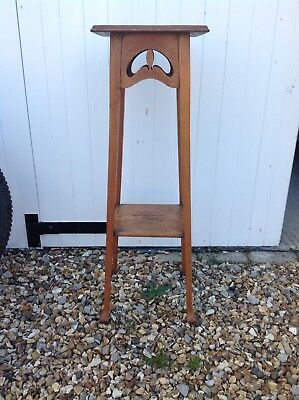 Oak Arts And Crafts Display Stand