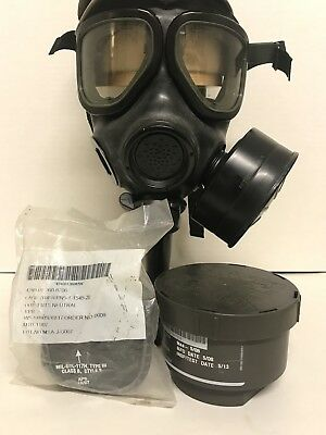 US Military Gas Mask 3M M40 , New Sealed Filter, Neutral Outserts & over Skin