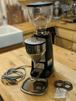 Mazzer Mini Electronic Type A Doserless with extra OEM burrs and catch tray