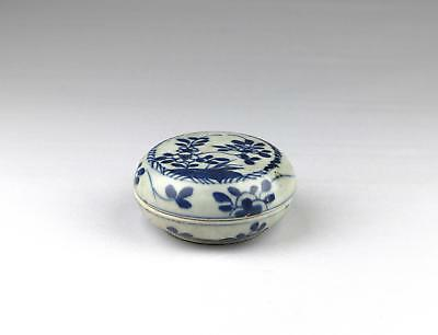 Antique 18thC Chinese Qing Yongzheng Blue & White Ca Mau Porcelain Box Cover 3