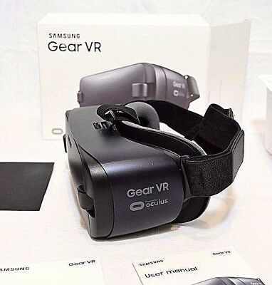 Samsung Gear Vr Sm-R323 Virtual Reality Head Set Wireless Powered By Oculus