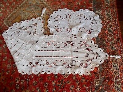 Vintage French Cutwork Linen Table Runer & Large Matching  Doilies~Shabby Chic