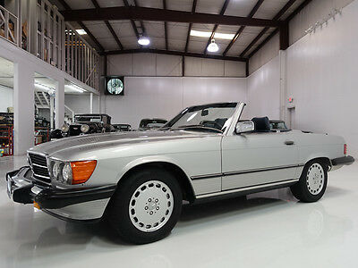 1987 Mercedes-Benz 500-Series 560SL Roadster | Only 19,216 actual miles! 1987 Mercedes-Benz 560SL Roadster | Long-term ownership | Original interior