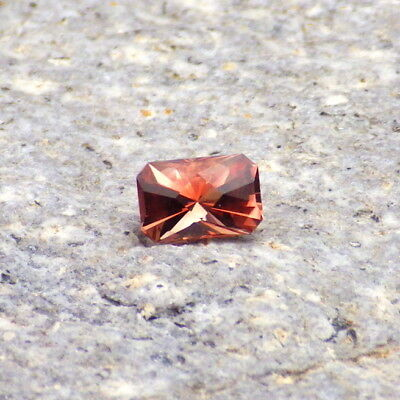 PINK-RED OREGON SUNSTONE 0.51Ct FLAWLESS-AMAZING COLOR+CUT-SMALL RING SIZE