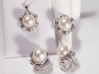 white South Sea pearl set(ring,earrings,pendant),diamonds,solid 14k white gold