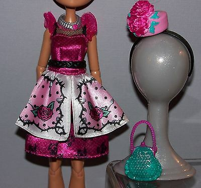 Ever After High Doll Clothes Briar Beauty Hat-Tastic Ensemble & Accessories Lot