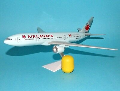 AIR CANADA - Boeing 777-200LR - 1:200 FlugzeugModell HCI AIRCRAFT ONE ( OVP )