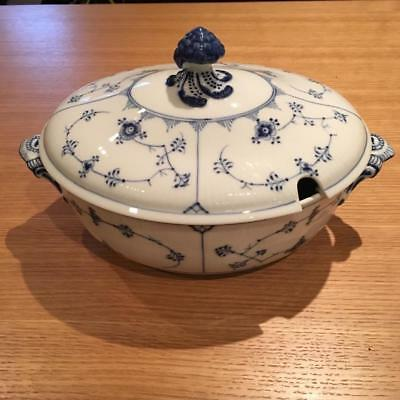 Royal Copenhagen blue fluted oval covered tureen open handles  214