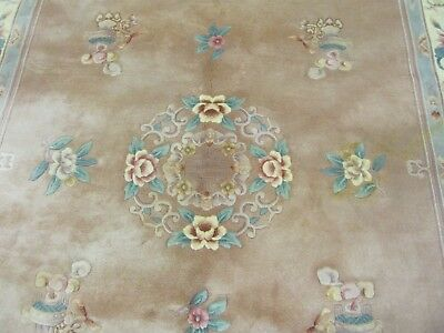 A DELIGHTFUL OLD HANDMADE CHINESE ORIENTAL RUG (310 x 200 cm)