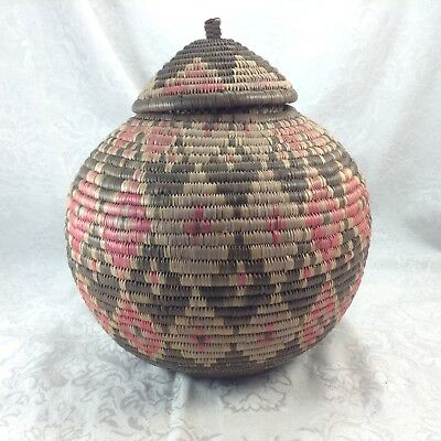 Traditional Zulu Basket Hand Made South Africa Container with Lid Diamonds