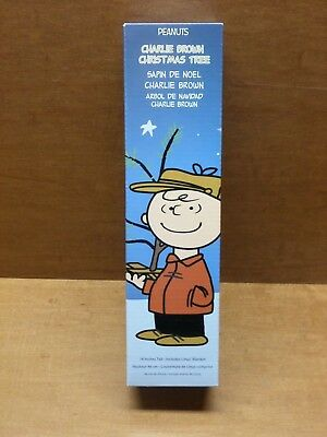 """Peanuts Charlie Brown Christmas Tree 18"""" Tall With Ornament & Linus' Blanket"""