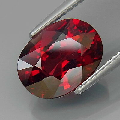 4.74Ct.Outstanding Color! Natural Red Rhodolite Garnet Africa Good Cutting