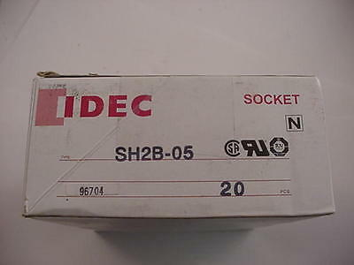 Idec SH2B-05 96704 Relay Base LOT of 20 NEW Ships on Same Day of the Purchase