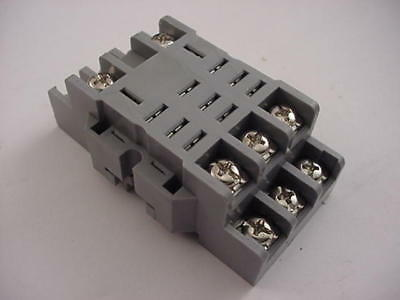 Idec SH3B-05 96Z30C Relay Base NEW Ships on Same Day of the Purchase