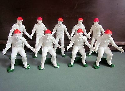 CROWN & ANDREWS TEST MATCH game replacement pieces 9 FIELDMAN - PLAYERS